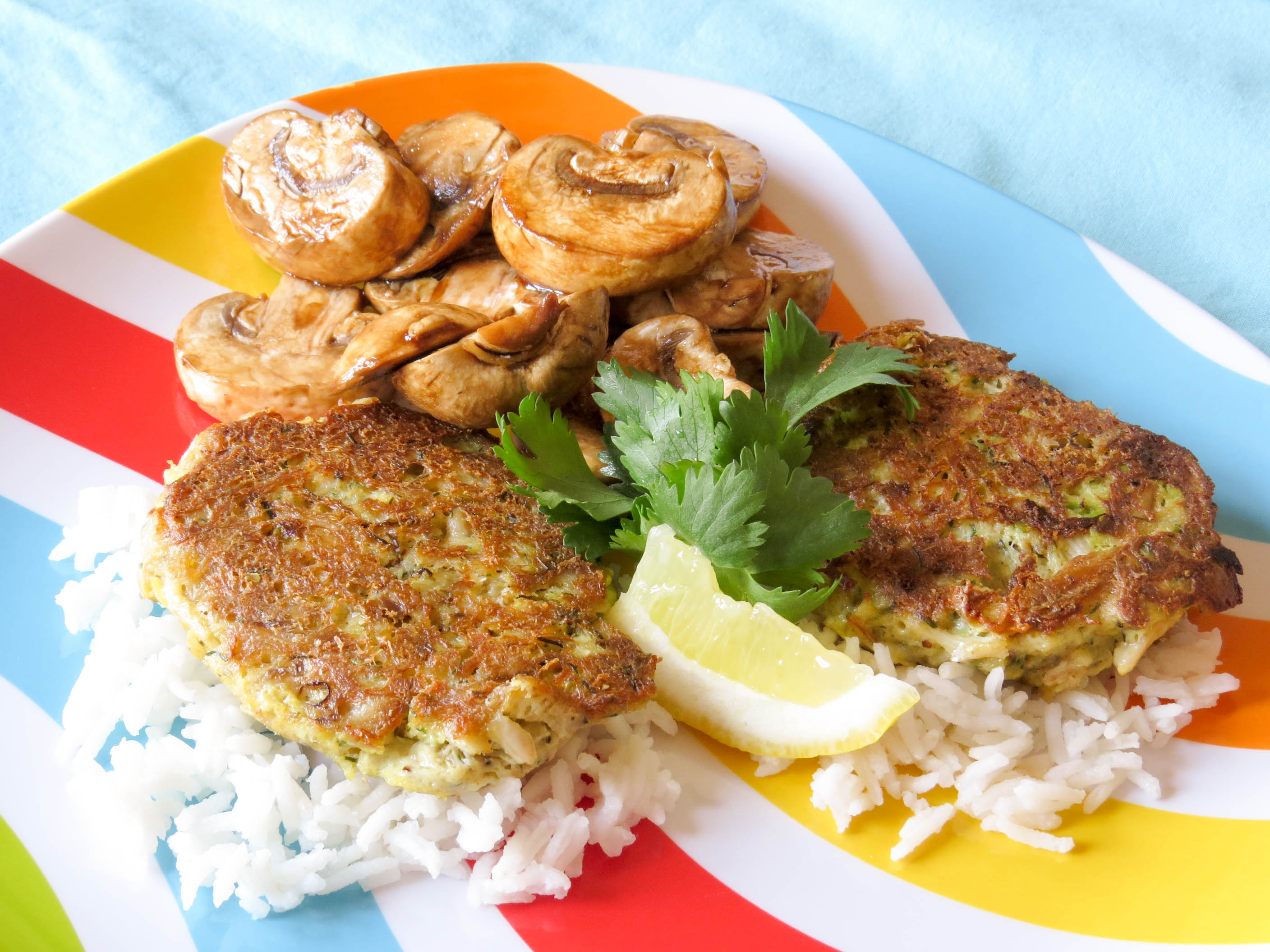 crab-cakes-with-rice-balsamic-mushrooms-2